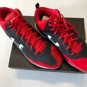 Under Armour Baseball Shoes 14 NEW